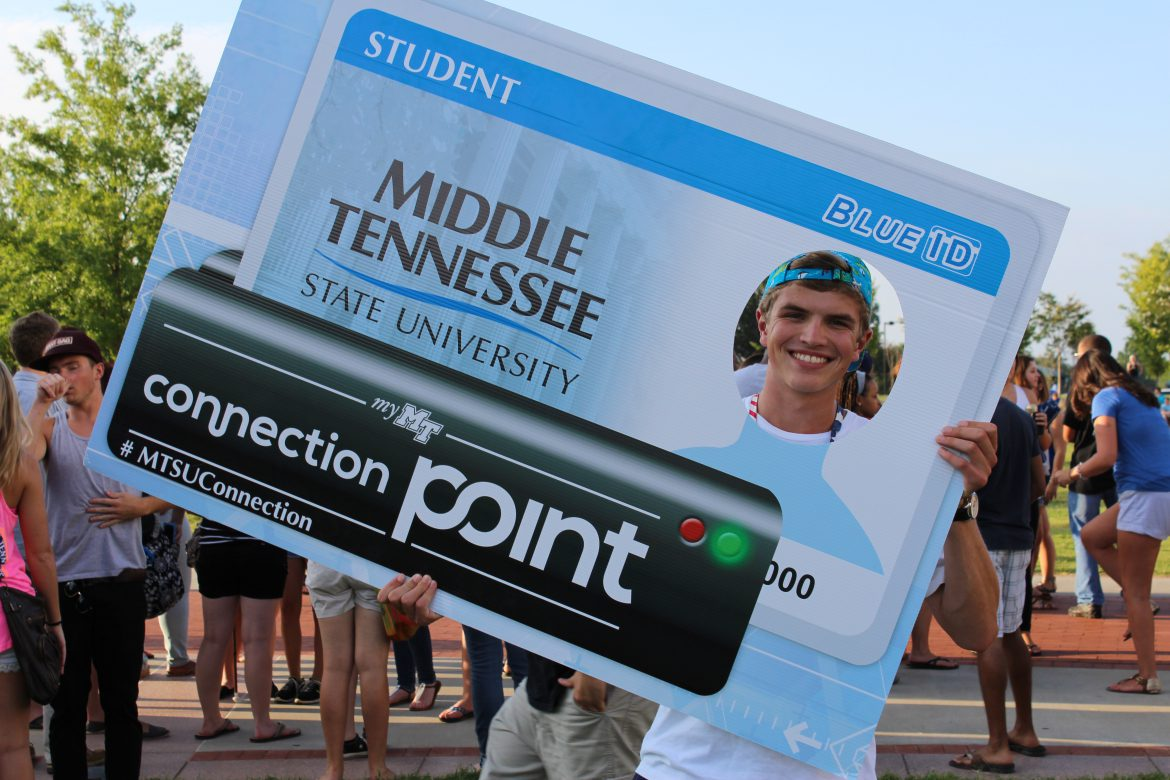 MTSU Connection Point student