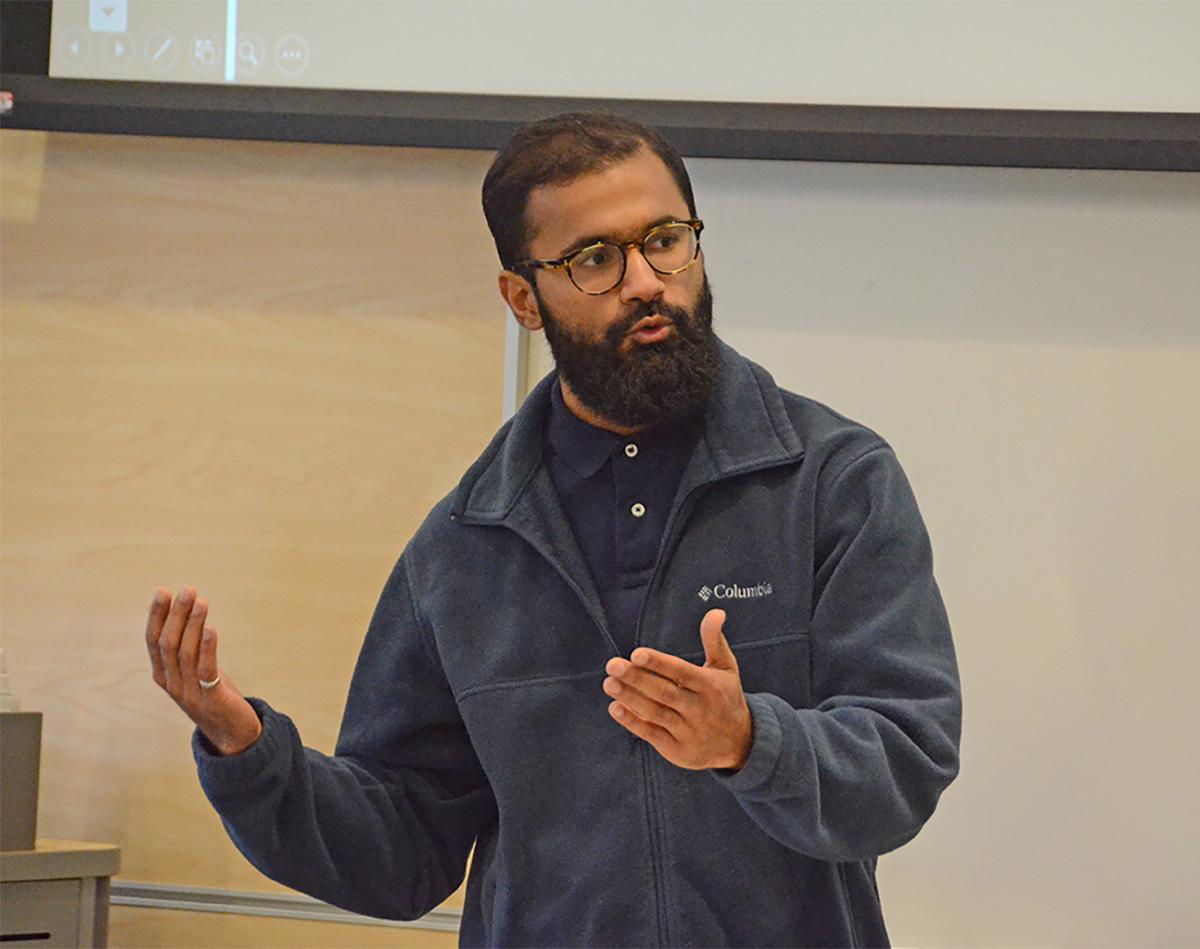 Talha Umar makes his MSPS presentation