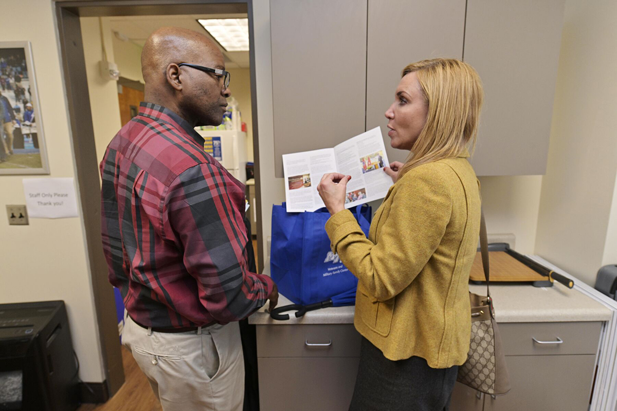 Tyrone Barmore learns more about the MTSU Daniels Veterans Center.