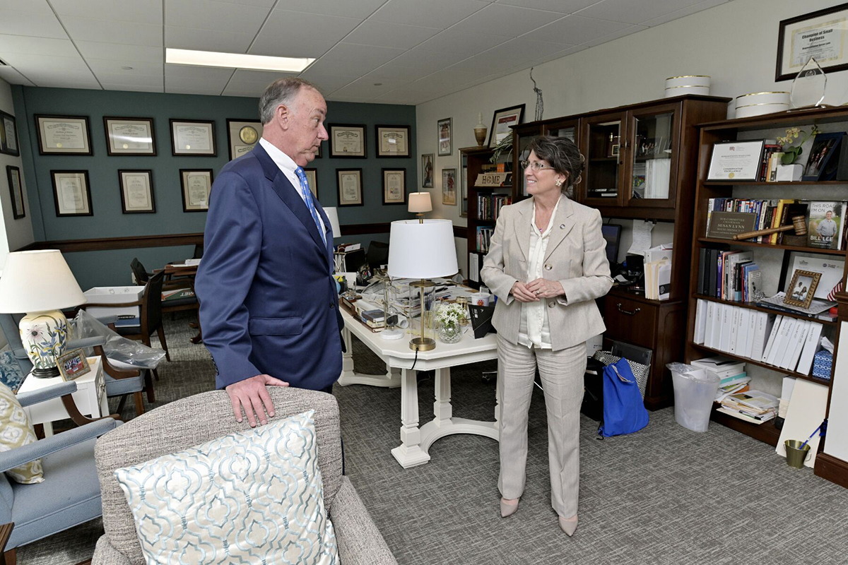 "MTSU Board of Trustees Chairman Steve Smith, left, talks to State Rep. Susan Lynn about growth and progress the university is making March 12 during the MTSU Day on the Hill in the Cordell Hull Building at the capitol in Nashville, Tenn. Lynn, who represents Wilson County, shared about ""having a soft spot"" for MTSU because her son Michael Lynn graduated from and daughter Grace Douchette attended the Murfreesboro university (MTSU photo by Andy Heidt)"
