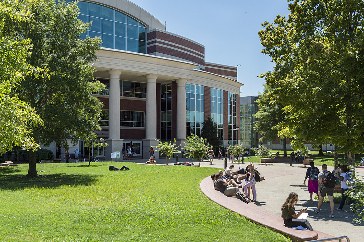 "Students relax in the quad outside MTSU's James E. Walker Library in this file photo. The nearly 255,000-square foot facility is celebrating its 20th anniversary this fall and conducting a special fundraiser, the ""20 for 20"" campaign, to expand services for the university community. (MTSU file photo by Andy Heidt)"