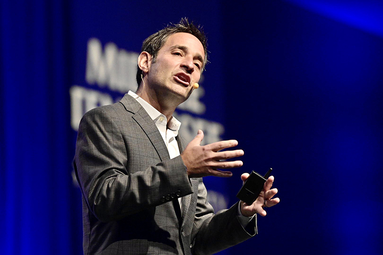 Entrepreneur and New York Times best-selling author Josh Linkner discusses how to harness innovation at the 2019 Leadership Summit held Friday, Sept. 27, in the Student Union Ballroom. (MTSU photo by Andy Heidt)
