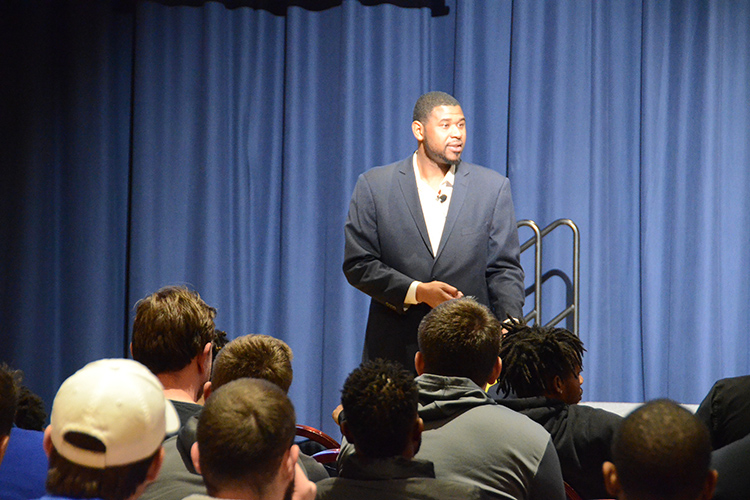 "Former Vanderbilt University and professional basketball player Shan Foster speaks to student-athletes and other men attending his ""Creating a Culture of Non-Violence and Healthy Masculinity"" public talk for women and men held Feb. 11 in the Tennessee Room of the James Union Building. (MTSU photo by Jimmy Hart)"