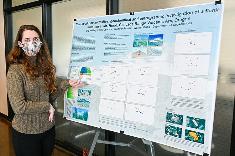 Lily Medley, an undergraduate Middle Tennessee State University geology student, presents her project about Mount Hood at the university's Undergraduate Research Open House event held Nov. 10, 2020, in the Science Building mezzanine. (MTSU photo by Casey Penston)
