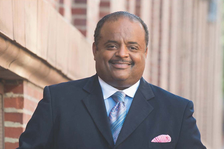 """Journalist Roland Martin, host and managing editor of the """"Roland Martin Unfiltered"""" daily digital program, will deliver a virtual """"State of the African American Union"""" address at 7:30 p.m. Friday, Feb. 26, as part of the MTSU Black History Month celebration. (Submitted photo)"""