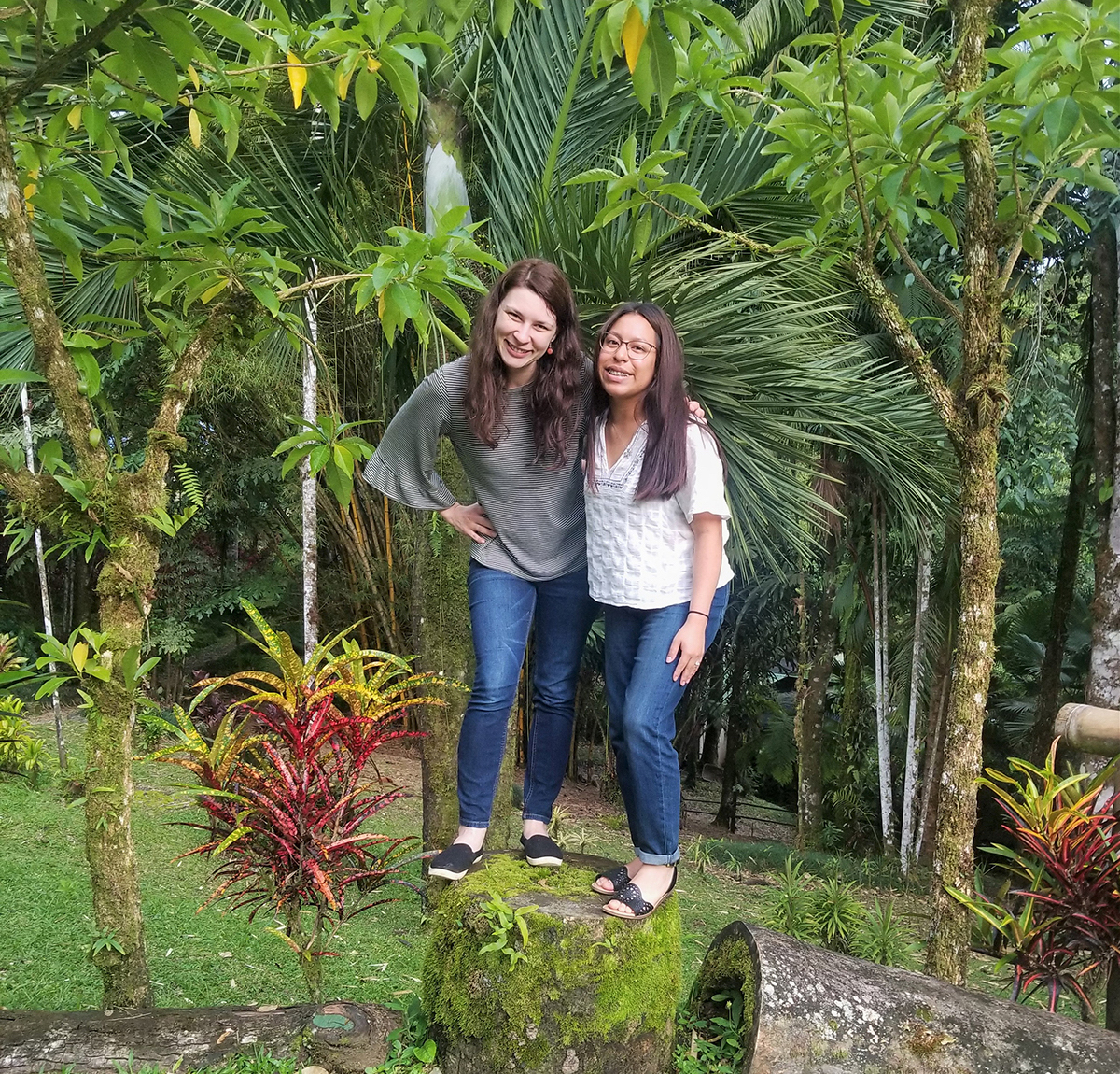 Mentor Lindsey Swierk, a faculty member at Binghamton University in New York, and MTSU senior biology major Denise Ortega studied the behavior of a water anole lizard endemic to Costa Rica for three months in 2019. Ortega is among more than 400 U.S. students to receive a prestigious Goldwater Scholarship for up to $7,500. (Submitted photo)
