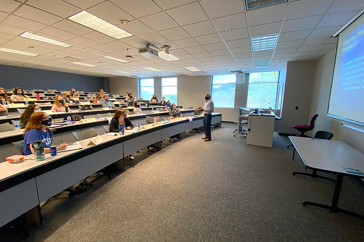 MTSU Institute of Leadership Excellence instructor David A. Foote, associate dean in the Jones College of Business, teaches students in the 2021 institute, which was held May 17-21, inside the Business and Aerospace Building. (Submitted photo)