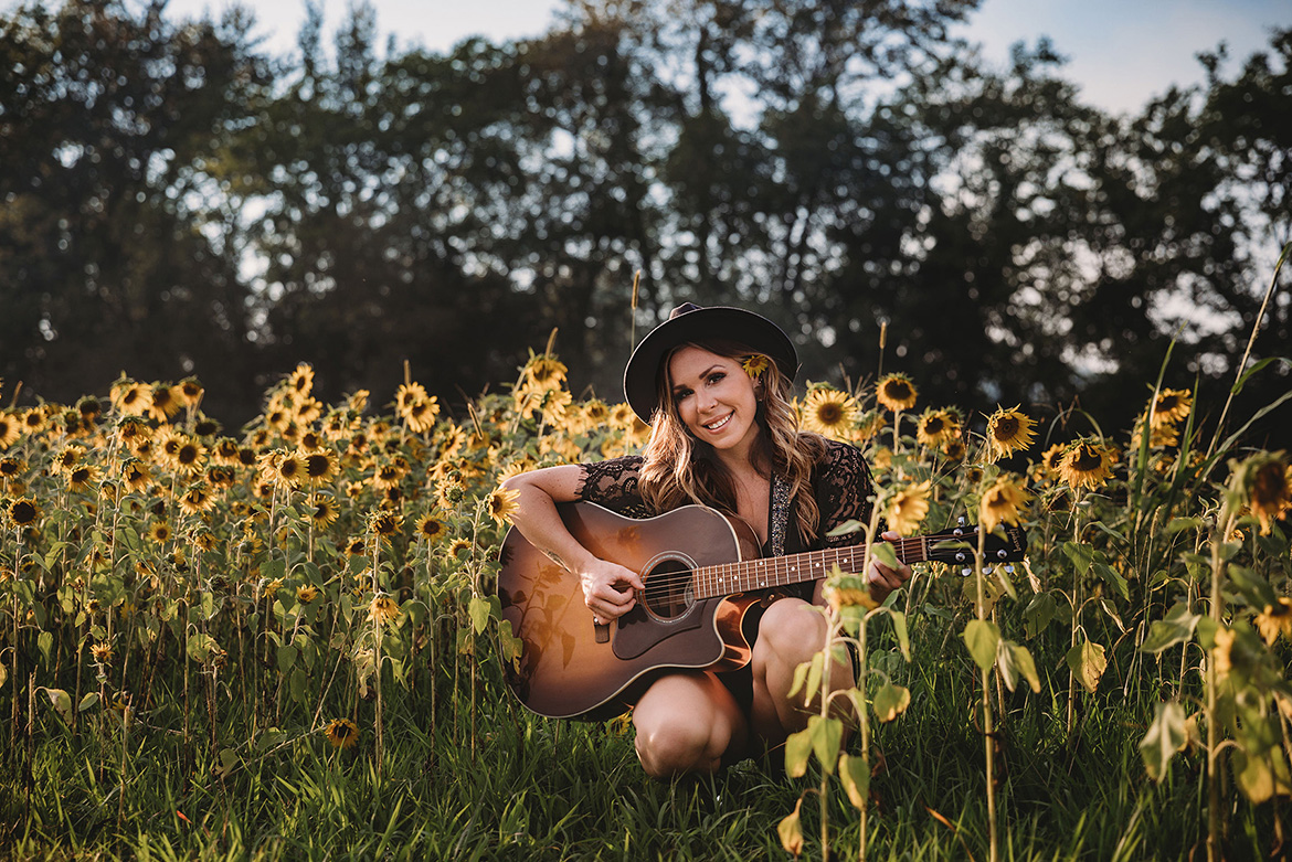 MTSU student Allie Sealey, a 31-year-old singer-songwriter from Franklin, Tenn., returned to MTSU after seven years out of the classroom thanks to the flexibility provided the University College's Integrated Studies major. (Submitted photo by Stan Jones)