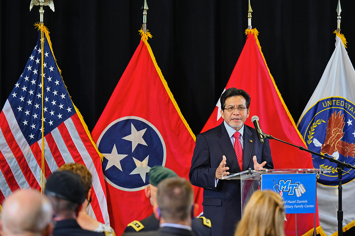 """Former U.S. Attorney General Alberto Gonzales said the 20th anniversary of 9/11 """"has been somewhat emotional for me … and I'm grateful for the remembrance of what happened that day,"""" Gonzales spoke during the seventh 9/11 Remembrance Saturday, Sept. 11, in the MTSU Tom H. Jackson Building's Cantrell Hall. (MTSU photo by Cat Curtis Murphy)"""