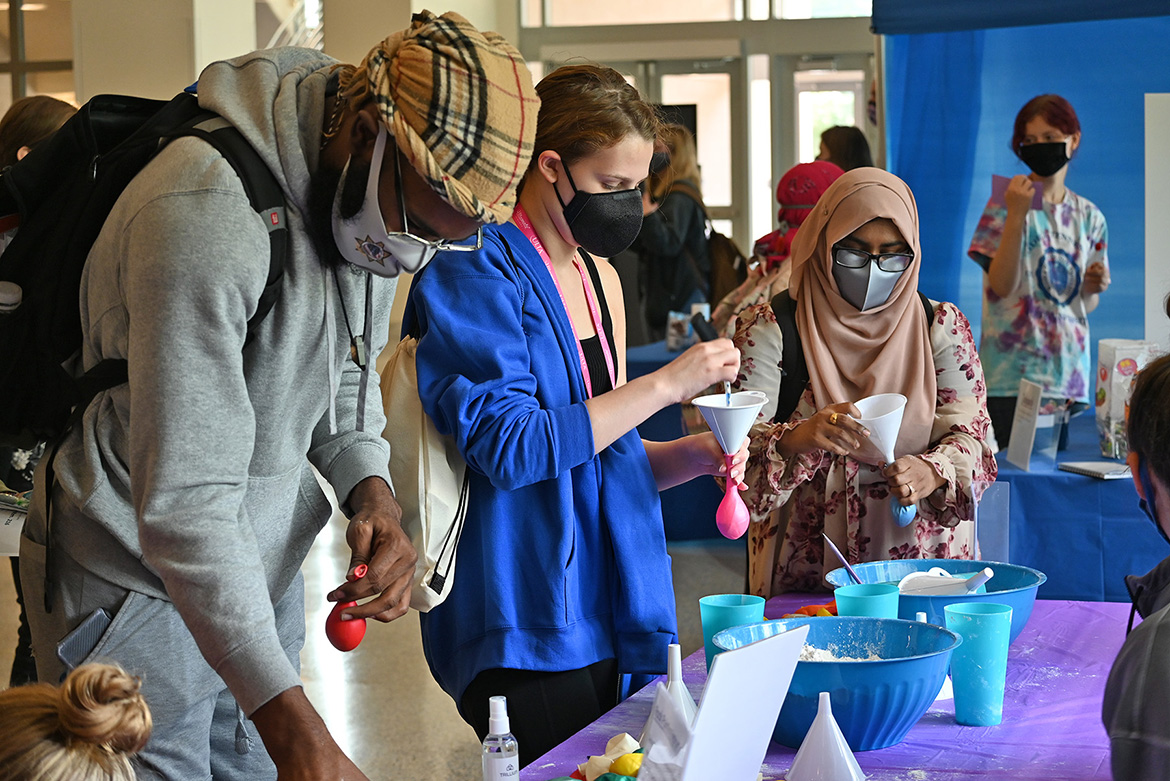 MTSU students make their own stress balls at the Mental Wellness and Suicide Prevention Fair held Wednesday, Sept. 22, in the Student Union atrium. Information and resources were available for suicide prevention, stress relief, and coping strategies, with other activities including rock painting, Mental Health Jeopardy, meditation booth and more. (MTSU photo by Leah Chollman)