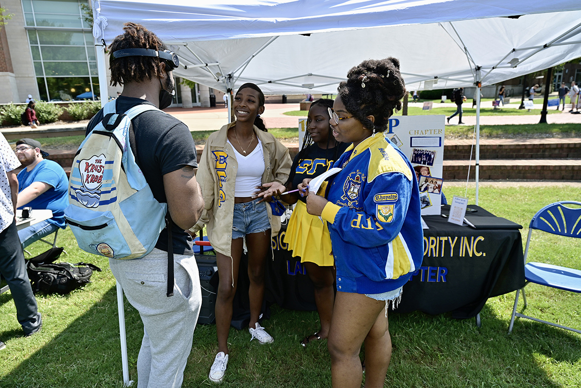 Sigma Gamma Rho Sorority Inc. was among the student groups participating in the Sept. 8, 2021, Student Organization Fair held on the Student Union Commons. (MTSU photo by Andy Heidt)