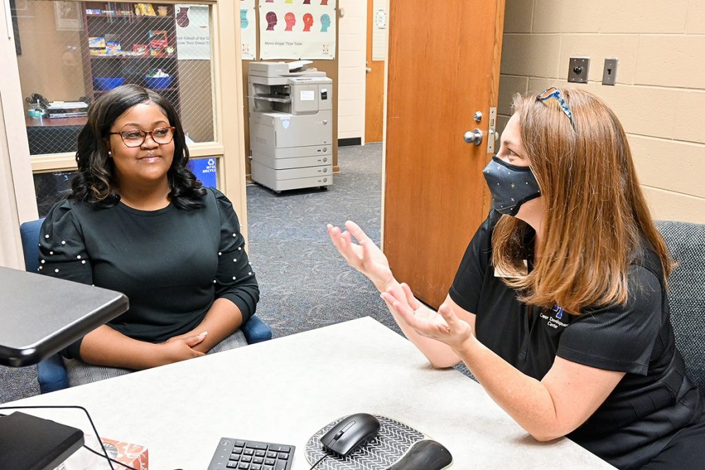Holly Allen, career advisor at Middle Tennessee State University's Career Development Center, right, meets with Ikeia Gaines, a recent MTSU master's graduate, to offer career advice on Sept. 8, 2021, at the on-campus center. (MTSU photo by Stephanie Barrette)